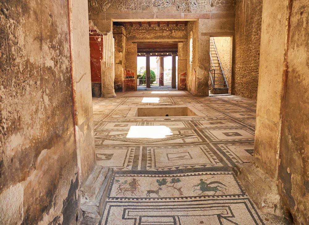 Überreste von Domus Di Paquio Proculo in den Ruinen von Pompeji