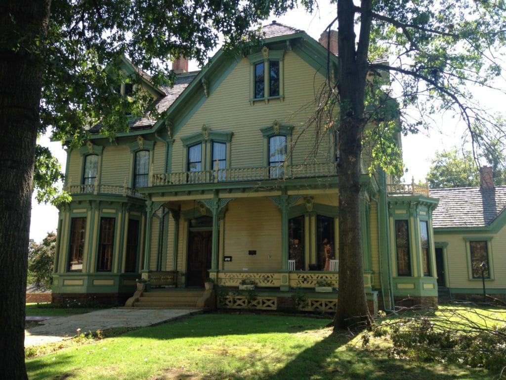 Das Clayton House