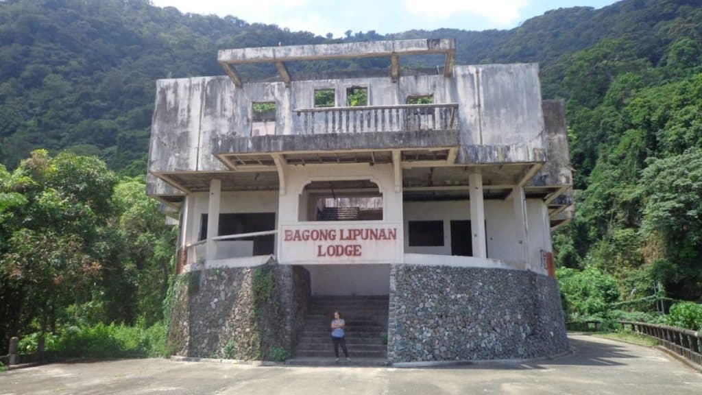 Ruinen der Bagong Lipunan Lodge