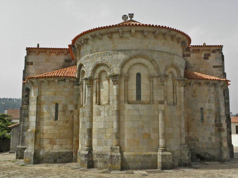 Igreja de São Pedro de Preise